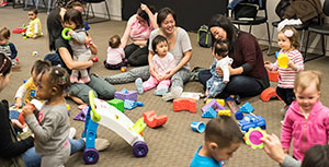 Group of Baby Wednesday participants