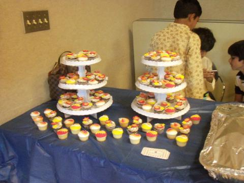 Cupcakes decorated for Diwali celebration