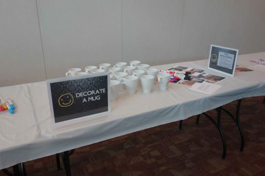 Decorate a mug station