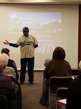 Pedro Sierra speaks to the audience